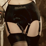 Kiss Me Deadly Delacroix Six Strap Suspender Belt