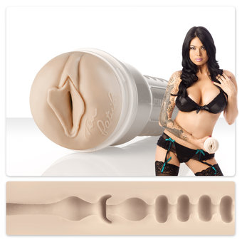 Masturbateur Fleshlight Girls Lotus moulé sur Tera Patrick