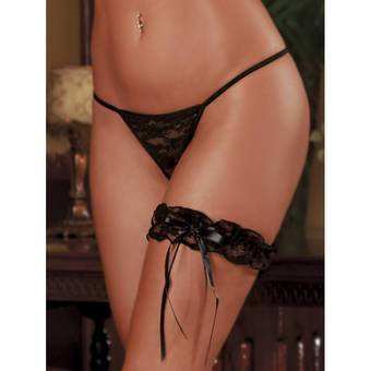 Exposed Lace Garter in Black
