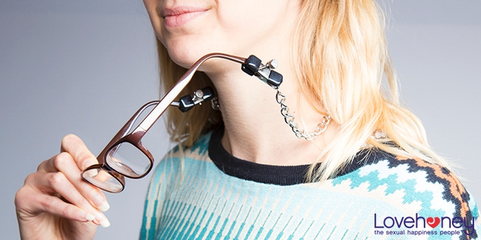 Nipple clamps glasses chain