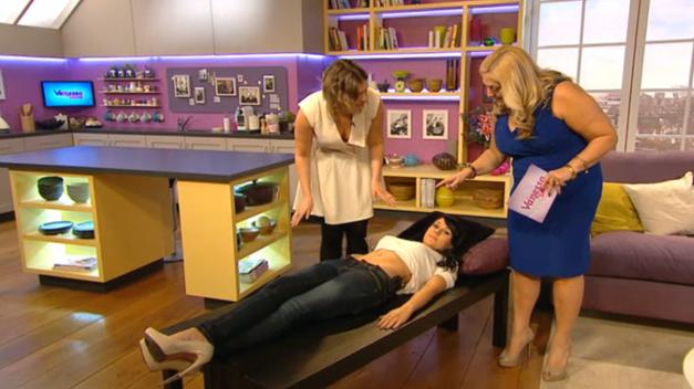 Hannah shows Vanessa how to Vajazzle