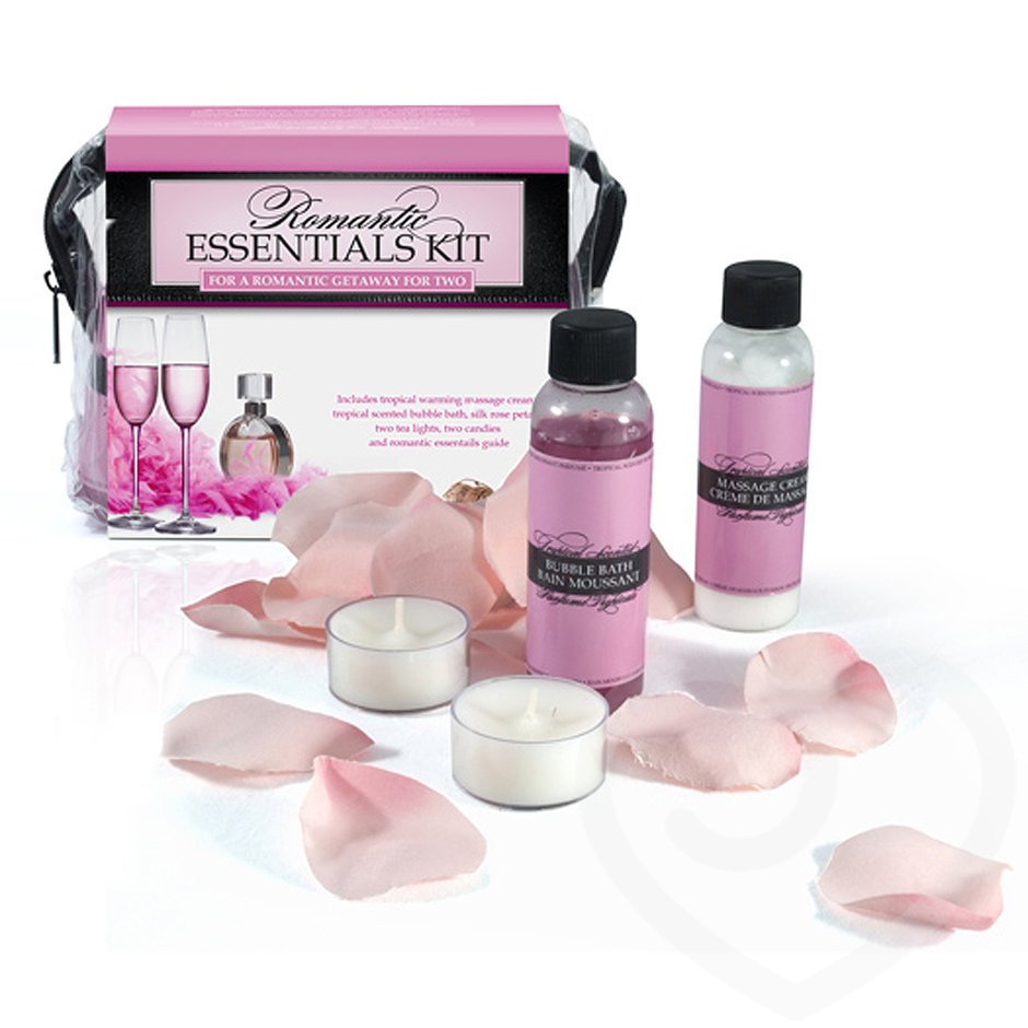 Lover's Choice Romantic Rose Petals and Massage Oil Kit