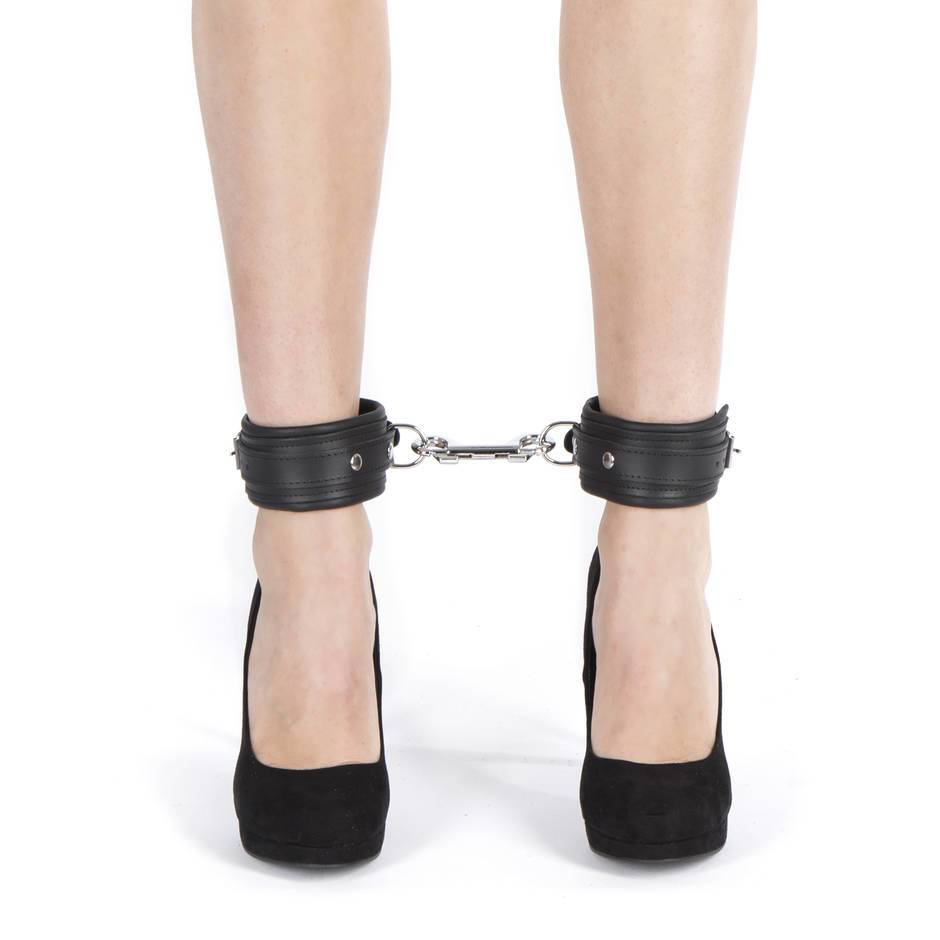 DOMINIX Deluxe Leather Ankle Cuffs