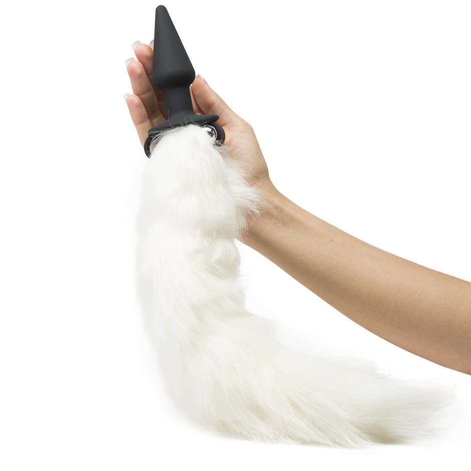 Anal plug with tail