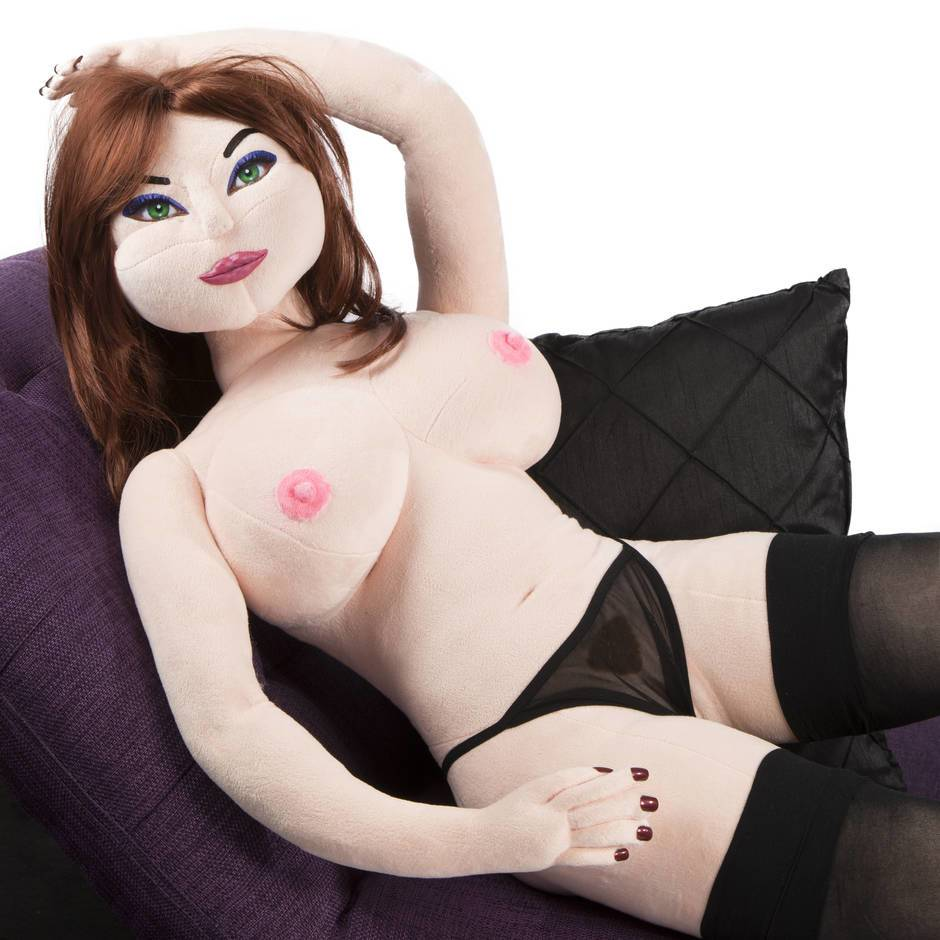 Affectionate dolls enjoy the service of a dedicated big cock dude 1