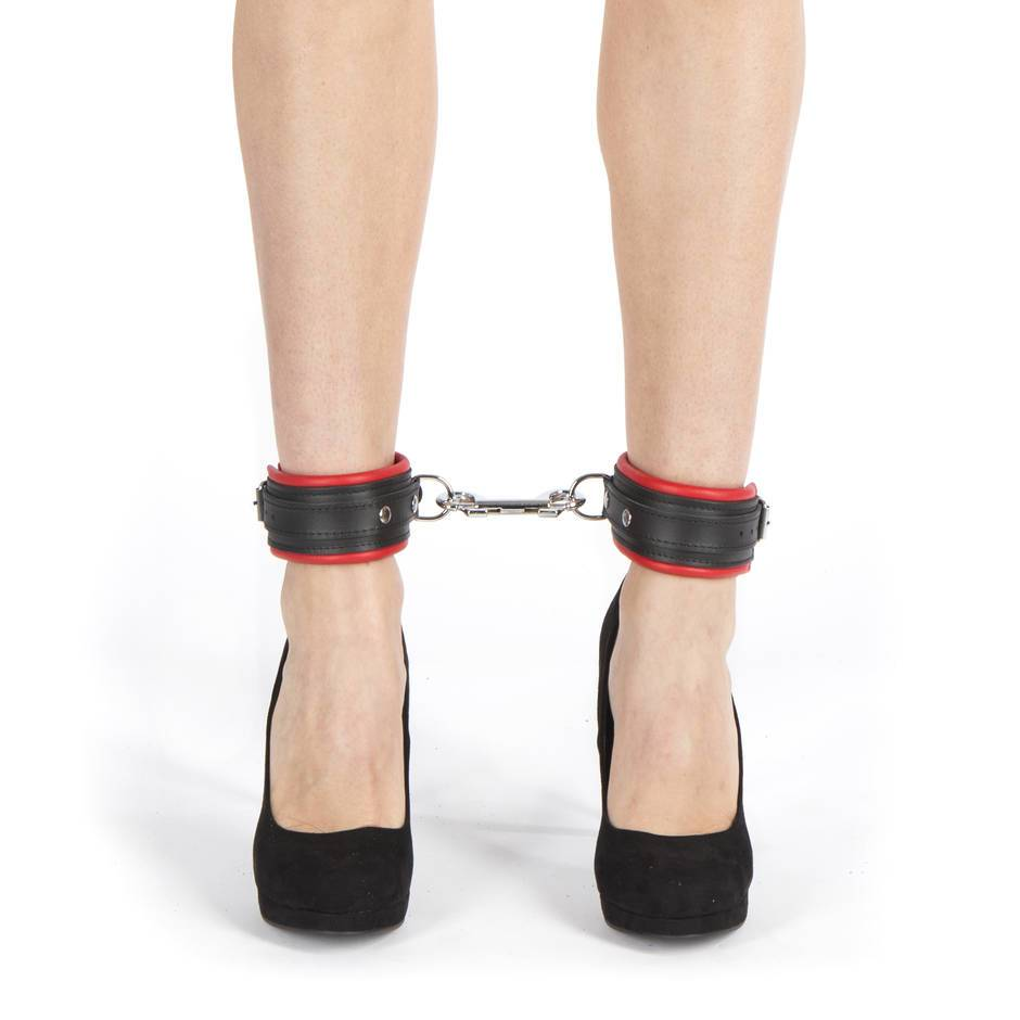 DOMINIX Deluxe Leather Ankle Cuffs Red