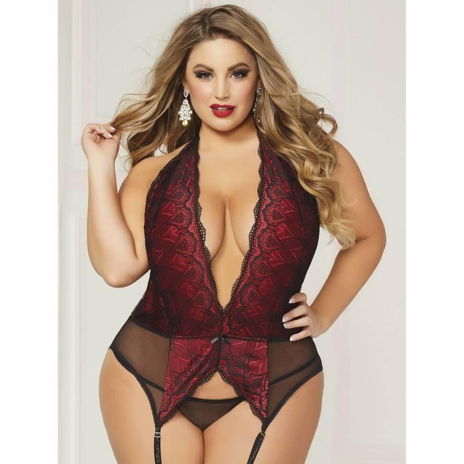 Seven 'til Midnight Plus Size Deep Plunge Suspender Chemise Set