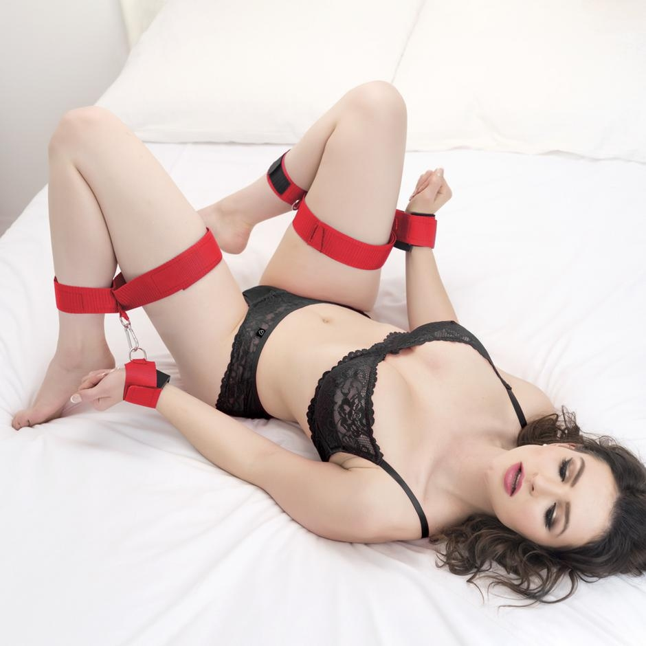 Scarlet Bound Thigh, Wrist and Ankle Restraint