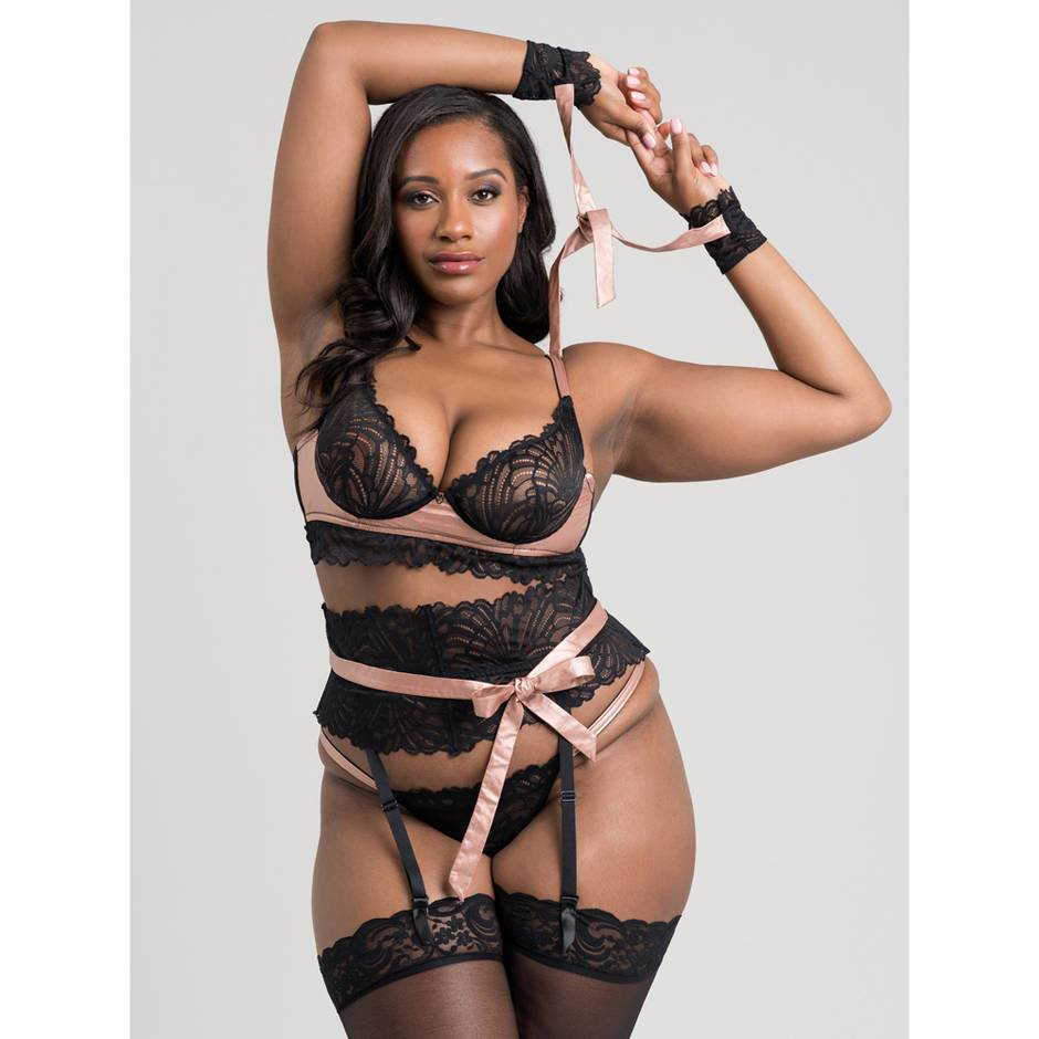 Lovehoney Plus Size Pearl Faux Leather and Lace Bra Set