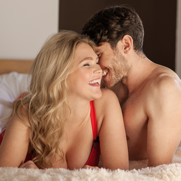 couple-laughing-smiling