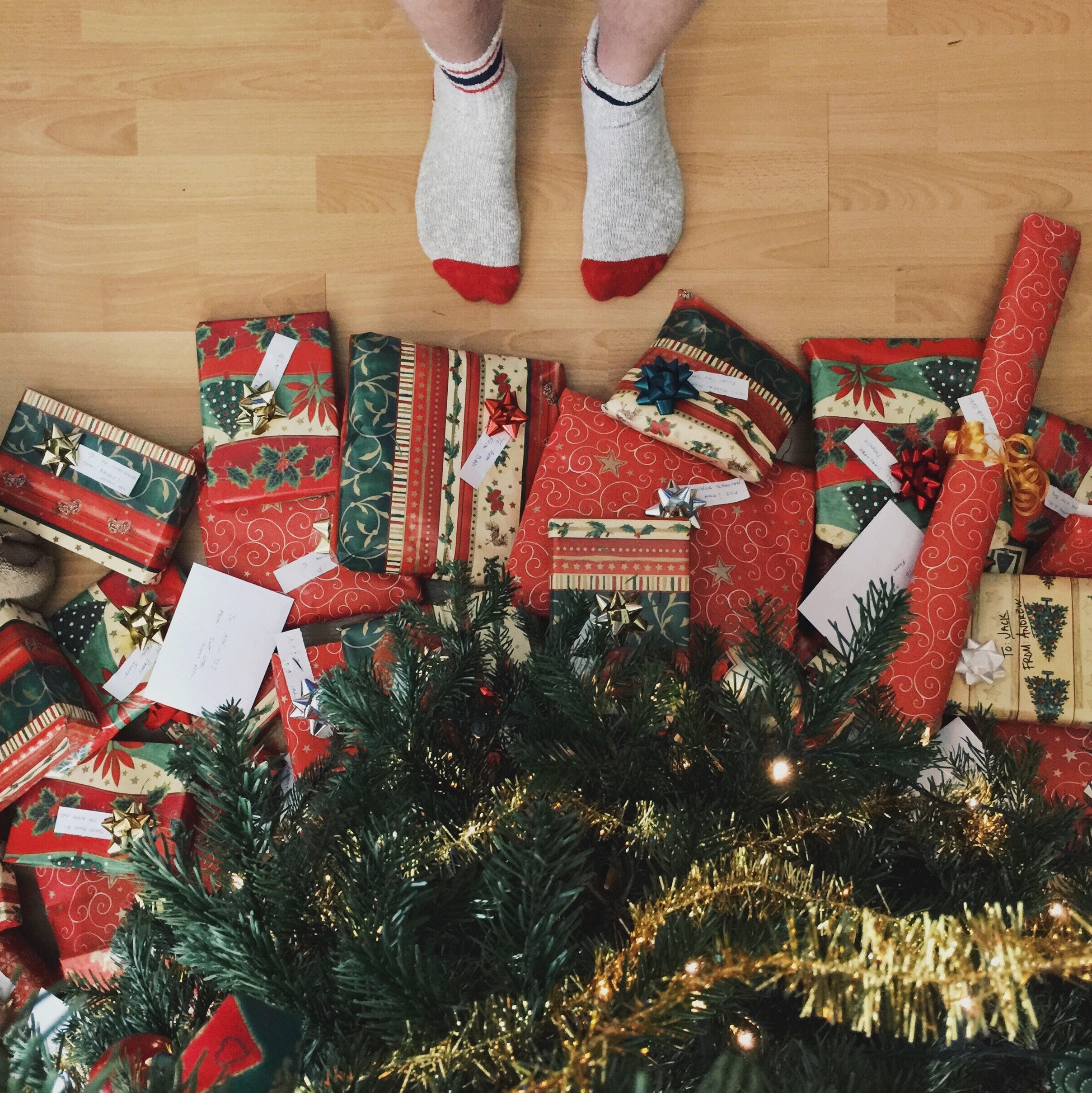 Find Your Housemate's Perfect Present With Our Secret Santa Flow Chart!